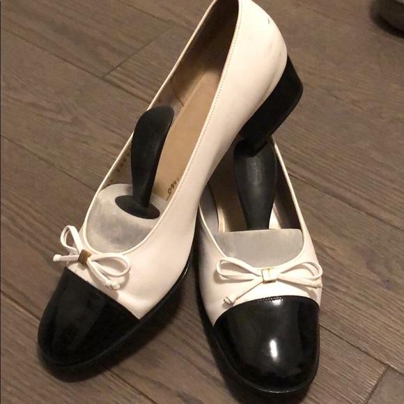 Salvatore Ferragamo Ballet heeled shoes